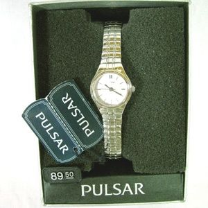 LADIES PULSAR WATCH STAINLESS STEEL NEW STORE MODE